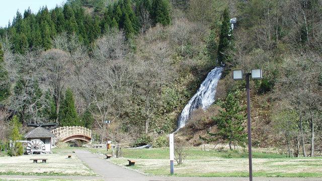 七滝(春).jpg